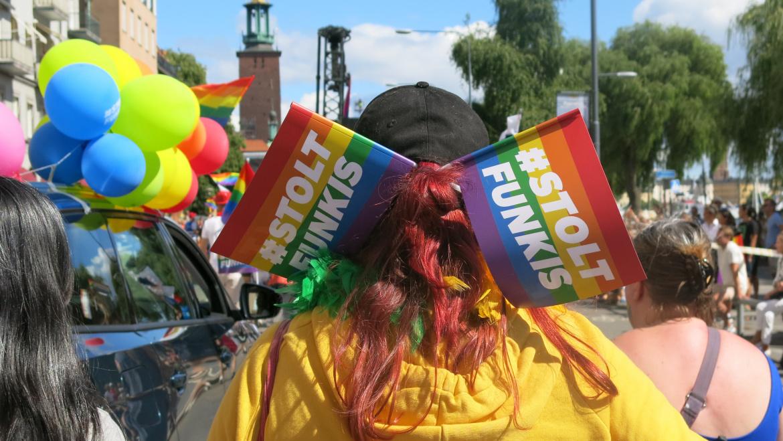Gå med Stolt Funkis i Stockholm Pride
